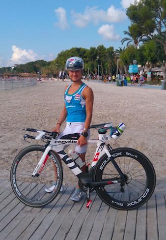 Mirjam Muckenhuber beim Radfahren und Trainieren.
