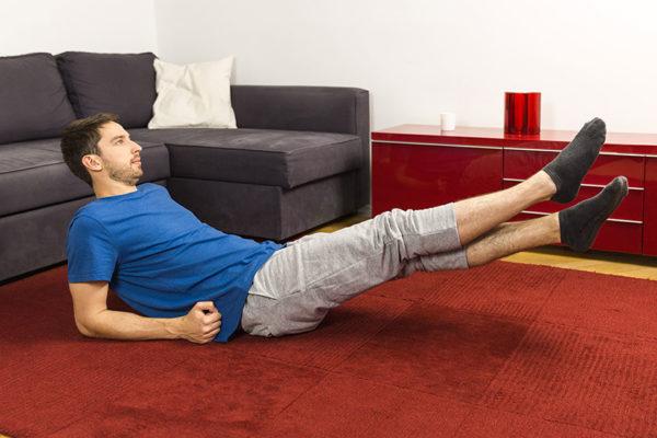 Mit diesen Übungen kannst du deinen Bauch straffen!