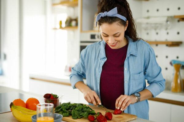 Du findest den Mineralstoff Magnesium in vielen Lebensmitteln: Fülle deinen Magnesiumspeicher jetzt auf!