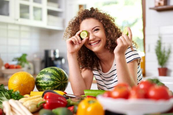 Achte für gesunde und elastische Faszien auf eine optimale Faszien-Ernährung.