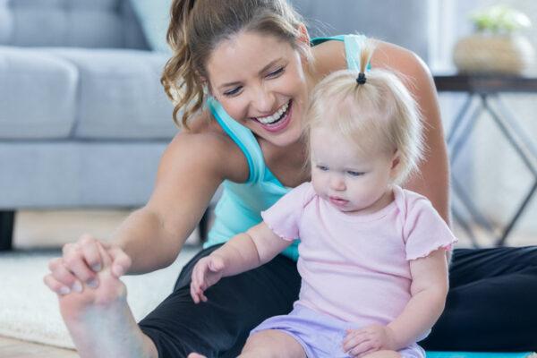 Bringe Sport und Spaß in den Familienalltag und werde fit dank Baby