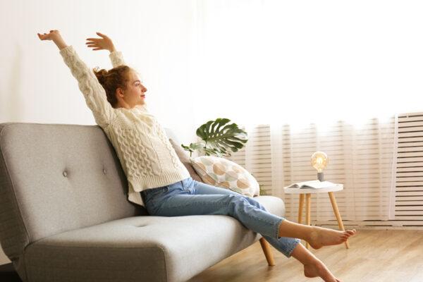 Reduziere langes Sitzen und komm in Bewegung.