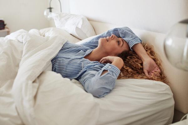 Besser einschlafen und ausgeruht aufwachen – mit diesen 5 Tipps zum Einschlafen gelingt's!