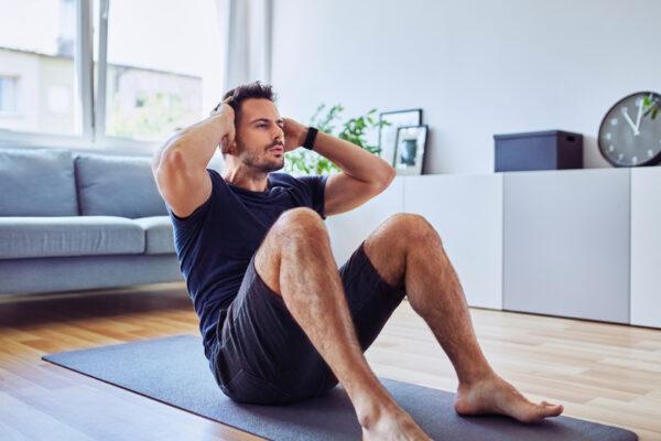 Bauchfett verlieren und fit werden: Mit diesen 3 go4health Tipps gelingt's!