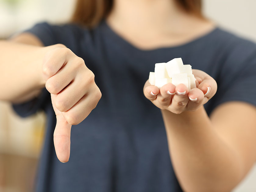 Der schnelle Blutzuckeranstieg nach dem Zuckerkonsum schadet deinem Stoffwechsel.