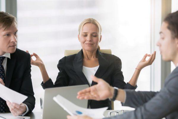 Für Stress am Arbeitsplatz gibt es Gegenstrategien.