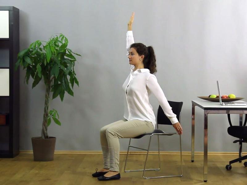 Brustmuskel dehnen für eine gesunde Haltung