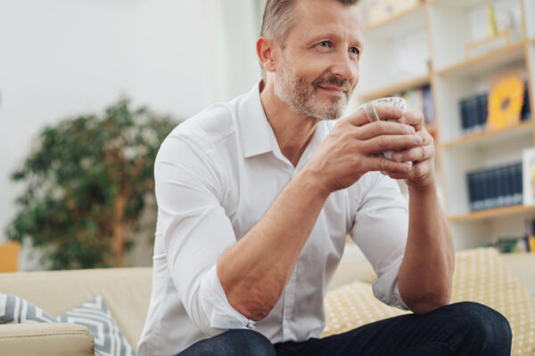 Mache deine Kaffeepause zu einer bewussten, kleinen Auszeit und tanke neue Energie.