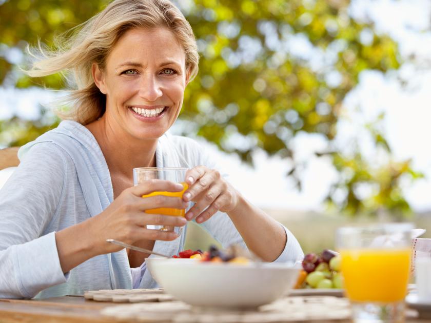 Wechseljahre: Diese Ernährung hilft