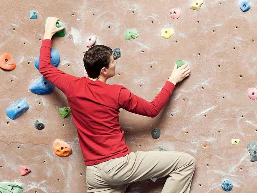 Klettern – auch bei Schlechtwetter geht es steil bergauf.