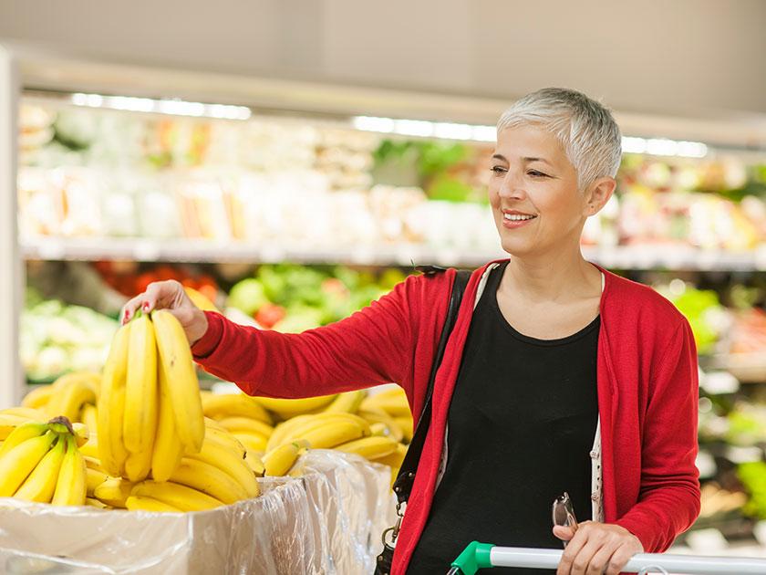 Vitamine und Mineralstoffe helfen gegen Frühjahrsmüdigkeit.