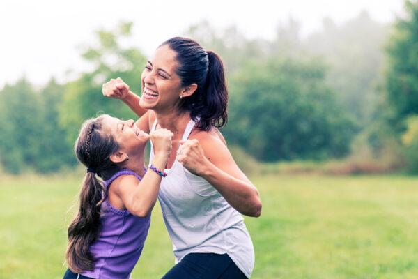 Sport für Kinder und die gesamte Familie: Diese Sportarten und Fitnessübungen sind dafür geeignet.