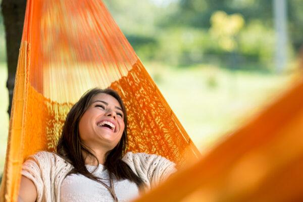 Nimm dir täglich kleine Auszeiten und tanke dabei neue Kraft und Energie.