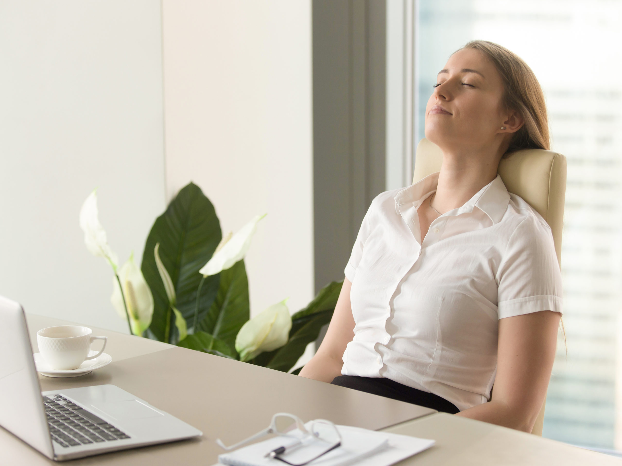 Acht auf Pausen - diese sind wichtig und helfen gegen Verspannungen im Nacken.