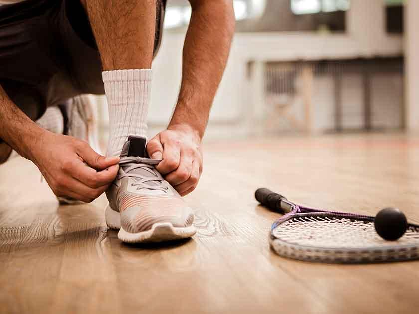 HIIT bei Schlechtwetter – Squash eignet sich perfekt.