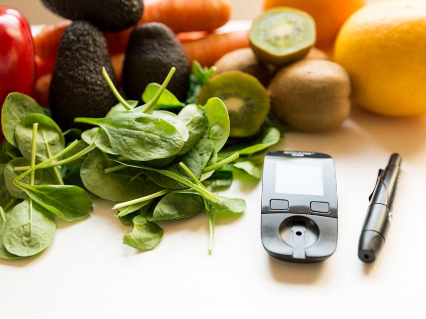Unser Haferflocken-Vogerlsalat-Smoothie ist optimal für deine Ernährung mit Typ-2-Diabetes.