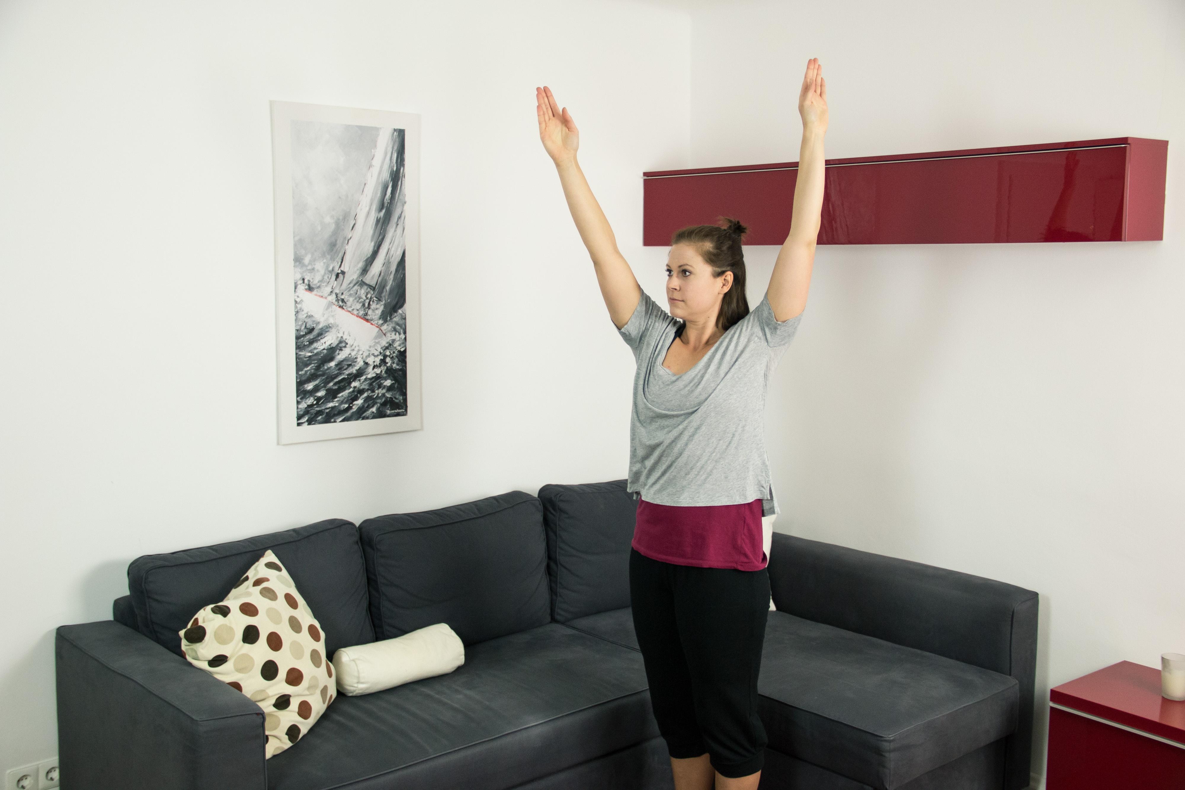 Armkreisen eignet sich als Bewegungsübung am Morgen