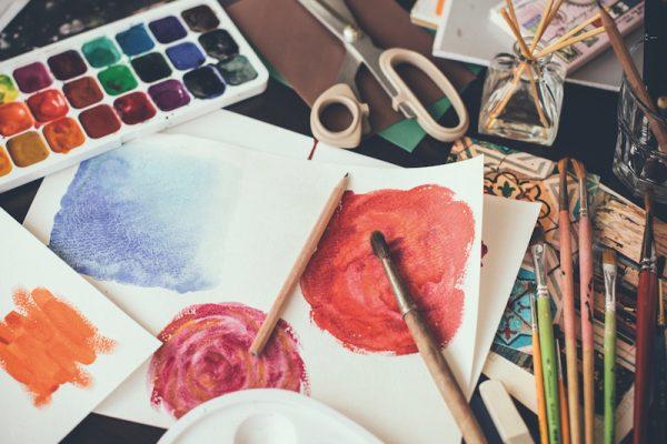 Werde kreativ, entspanne dabei und komm auf neue Gedanken!