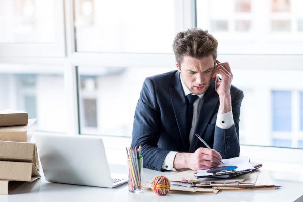 Schnell und effektiv: Stressbewältigung fängt bei deinen Gedanken an.