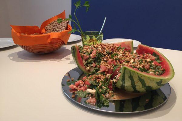 Melonen-Rucola-Salat mit Feta für eine gesunde Pause