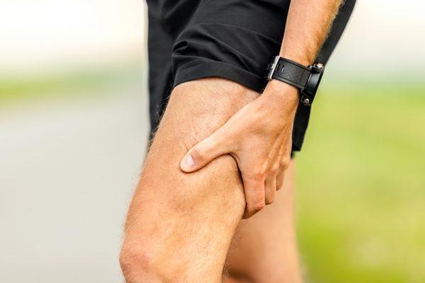 Zu große körperliche Belastungen führen zu Muskelkater.