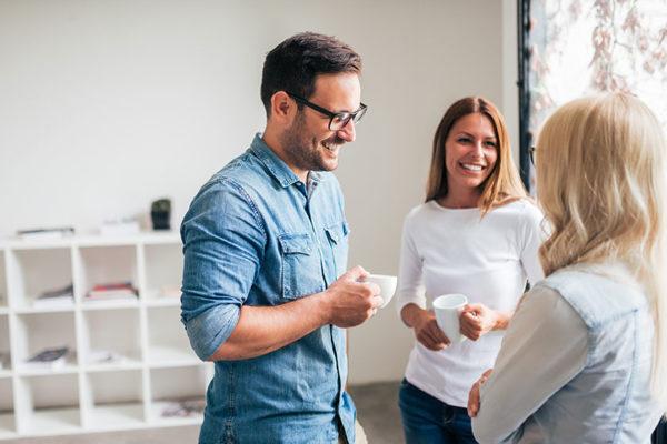 Kaffee bringt dir Energie in deiner Pause.
