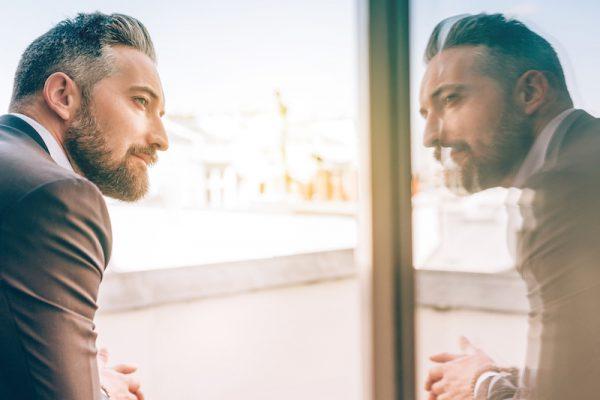 Selbstreflexion ist der Schlüssel zu deiner ganzen Kraft.