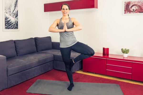 Gleichgewichtsübungen: Egal ob im Alltag oder als Training, dein Gleichgewicht solltest du regelmäßig trainieren.