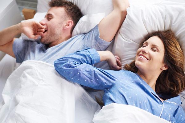 Besser schlafen durch die richtige Speisenauswahl.