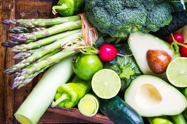 Avocados, Spargel und Gurken sind Gemüse, die schlank machen