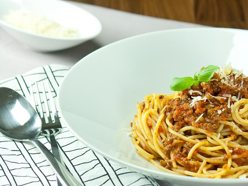 Schlemmerrezept: Spaghetti Bolognese mit Rindfleisch und Gemüse