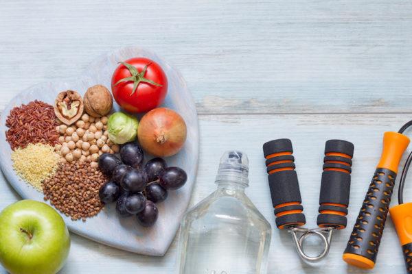 Bunte und frische Lebensmittel für deine Herzgesundheit.