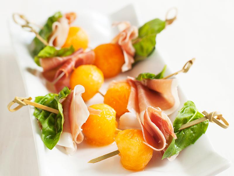 EM Woche 1: Dein gesunder EM-Start mit zweierlei Snackspießen