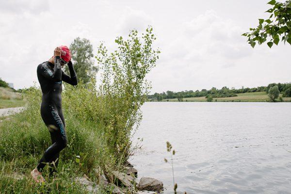 Mirjam Muckenhuber in ihrer Schwimmvorbereitung.